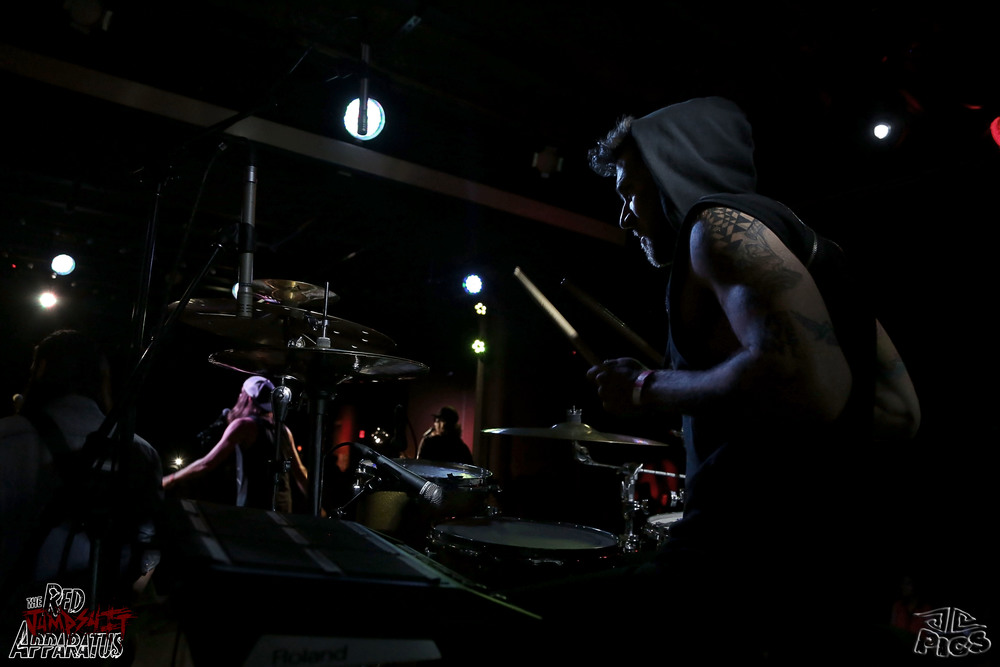 Red Jumpsuit Apparatus 9B4A0161.JPG