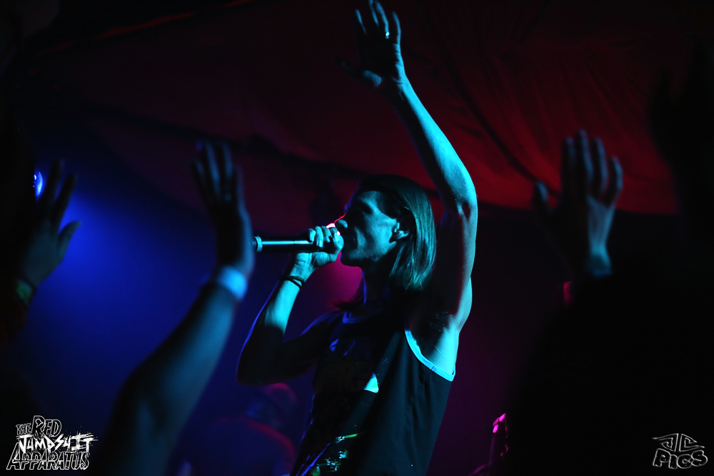 Red Jumpsuit Apparatus 9B4A2382.JPG