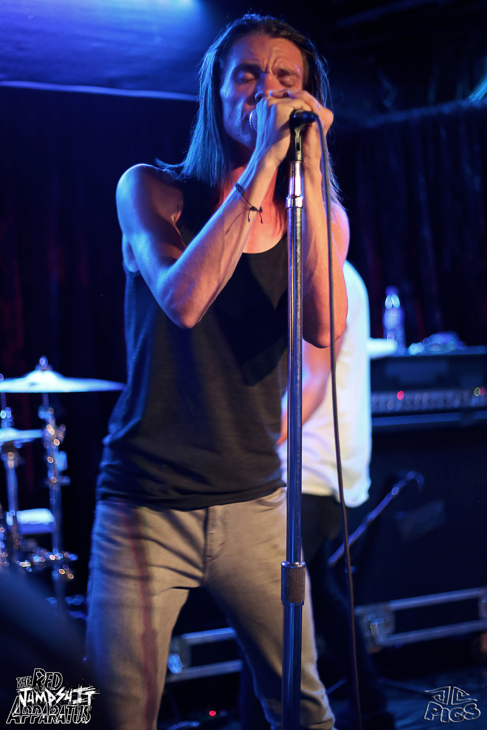 Red Jumpsuit Apparatus 9B4A2130.JPG