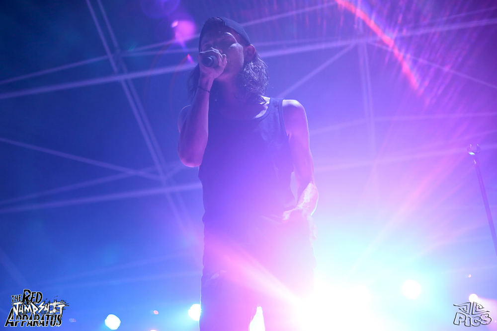 Red Jumpsuit Apparatus 9B4A1002.JPG