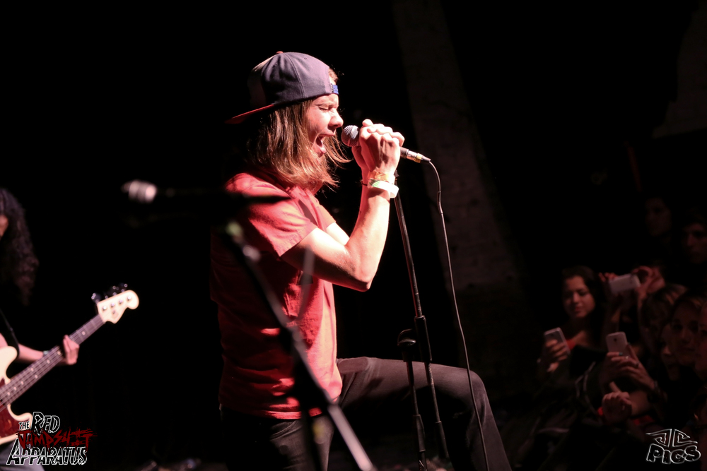 Red Jumpsuit Apparatus 9B4A8078.JPG