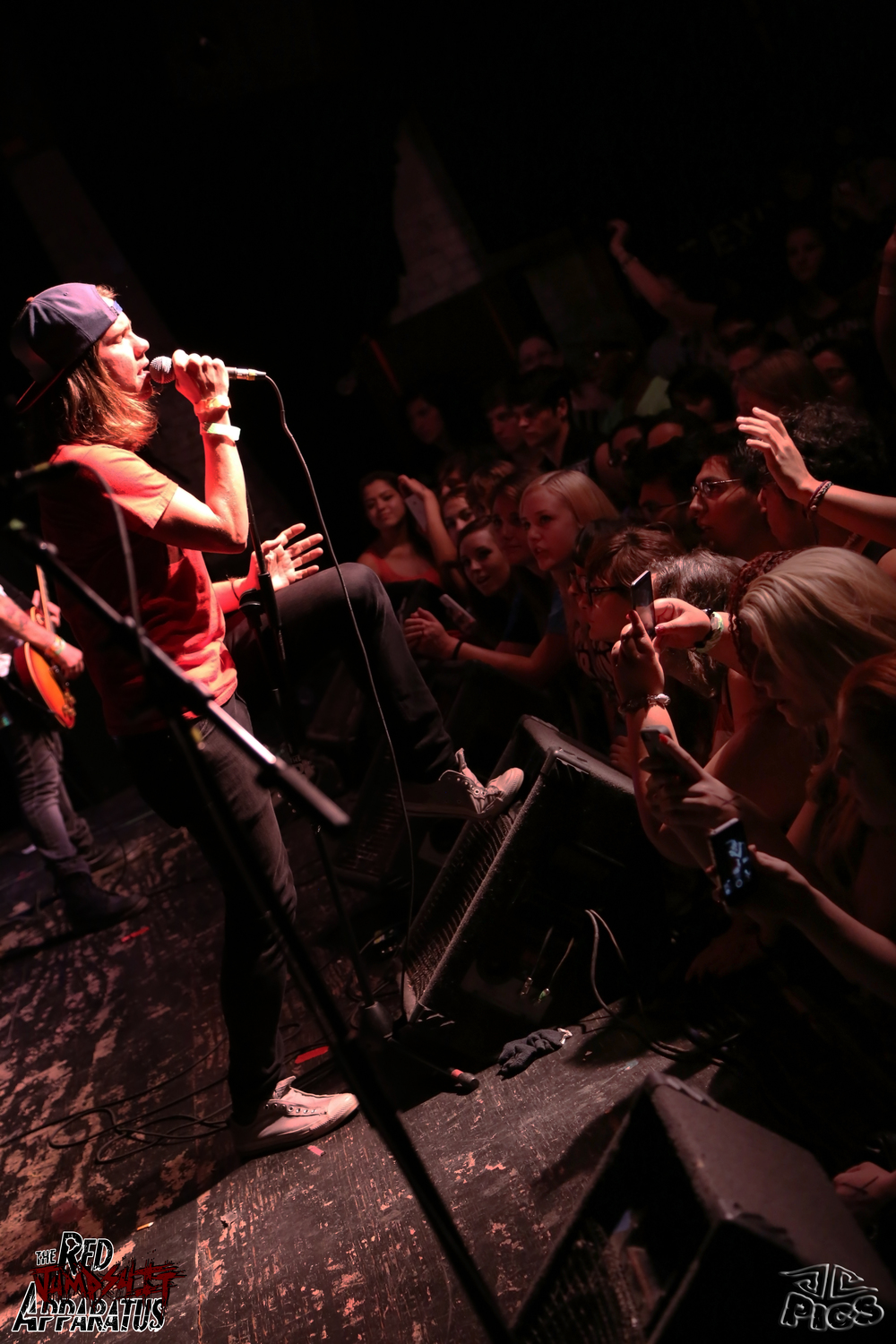 Red Jumpsuit Apparatus 9B4A8125.JPG