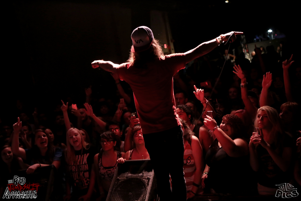 Red Jumpsuit Apparatus 9B4A8162.JPG