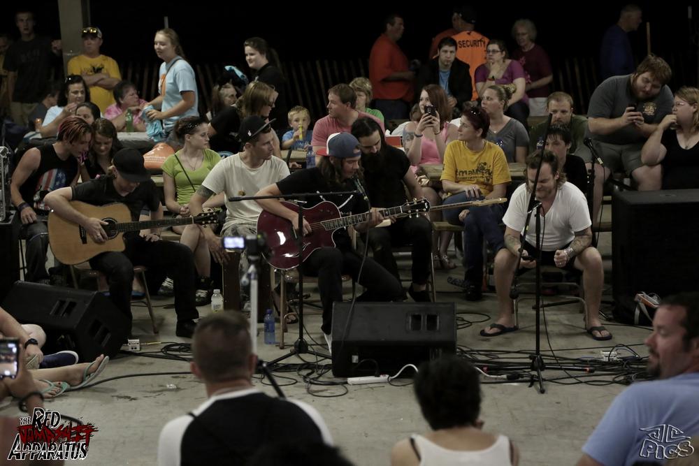 Red Jumpsuit Apparatus - 2014-7-12 Promiseland Music Fest - Ottumwa, IA - 9B4A7624.JPG