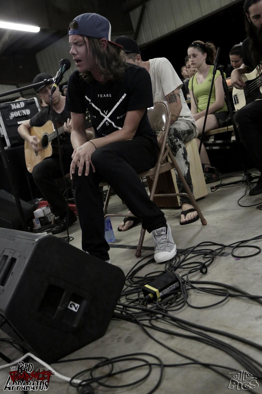 Red Jumpsuit Apparatus - 2014-7-12 Promiseland Music Fest - Ottumwa, IA - 9B4A7698.JPG