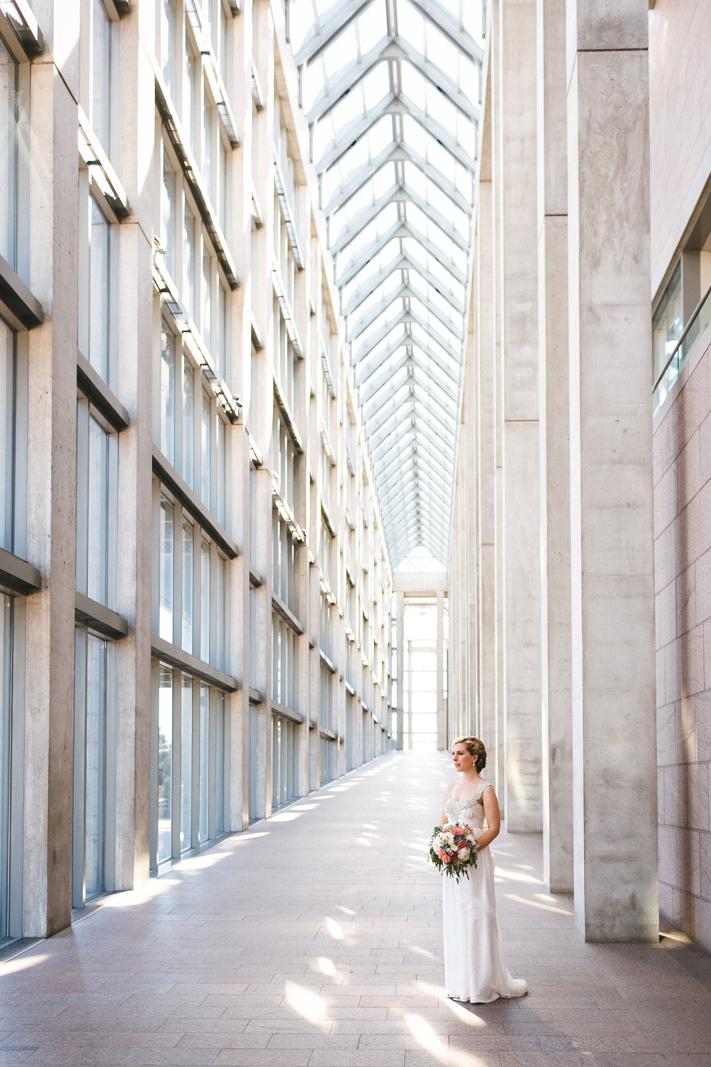 Toast Events wedding 2014, National Art Gallery Great Hall corridor | Photo Cred: Joel Bedford Photography