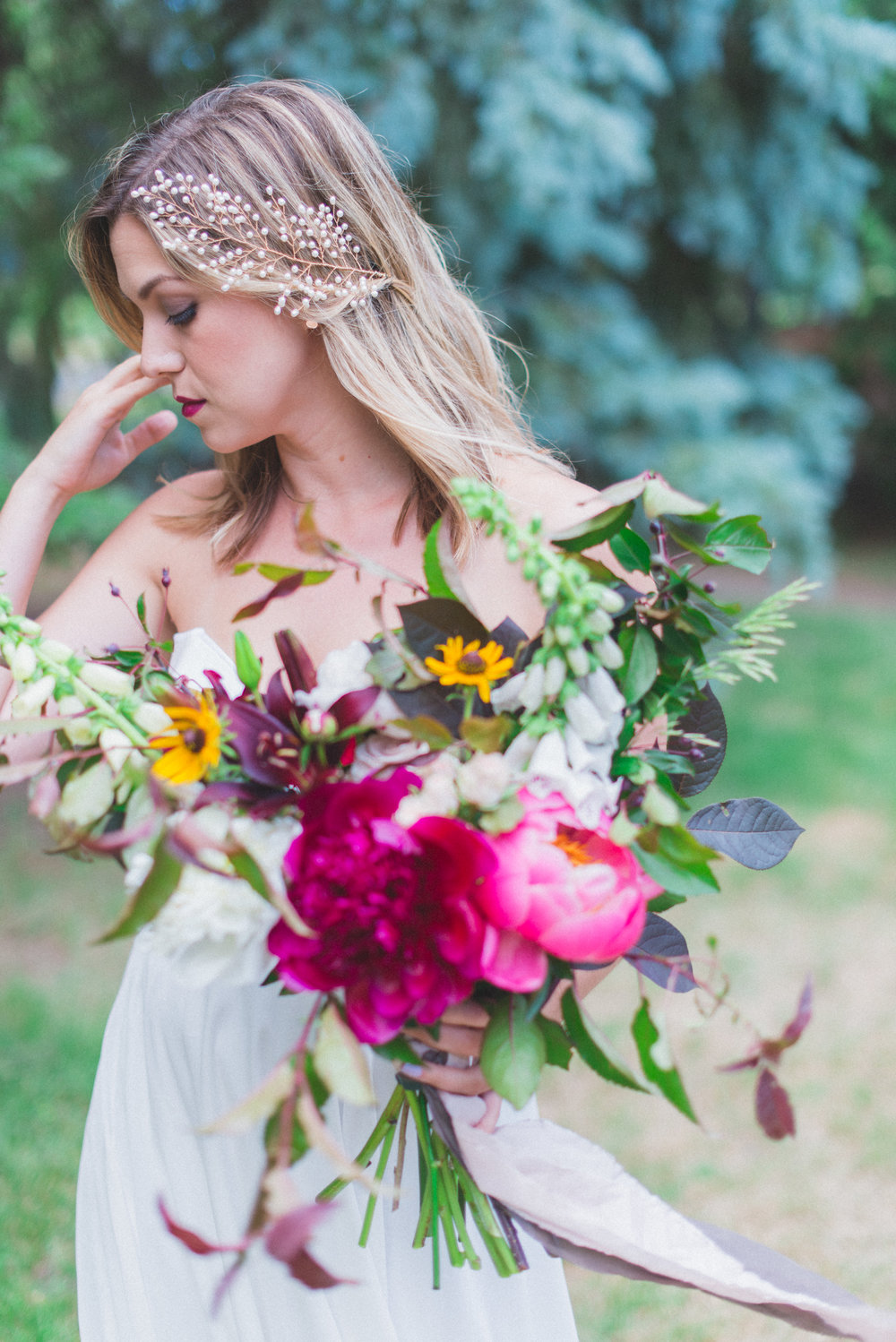 Toast Events Boho Picnic Elopement, Laura Kelly Photography. Presh Floral, The Handmade Bride