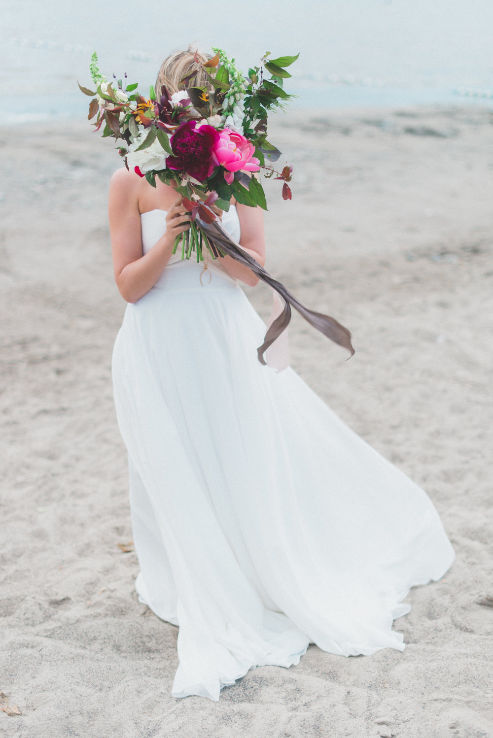 Toast Events Boho Picnic Elopement, Laura Kelly Photography. Presh Floral. The Handmade Bride