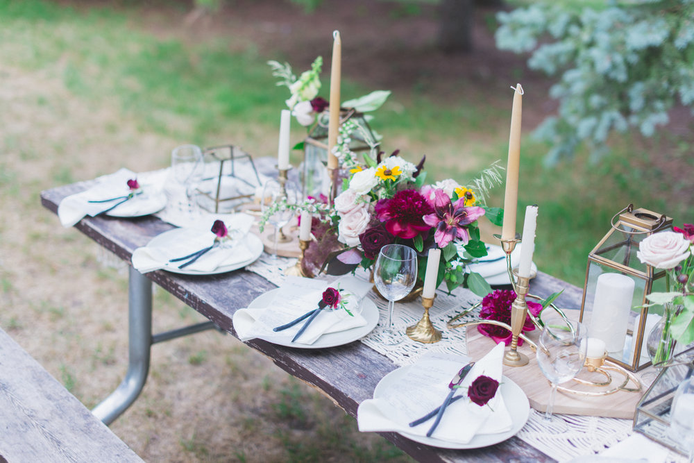 Toast Events Boho Picnic Elopement, Laura Kelly Photography. Presh Floral