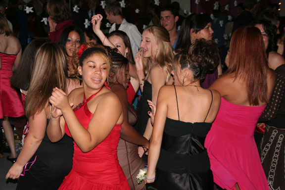 Homecoming Dance 029a.jpg
