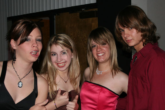 Homecoming Dance 047a.jpg
