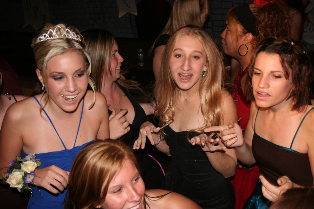 Homecoming Dance 102.jpg