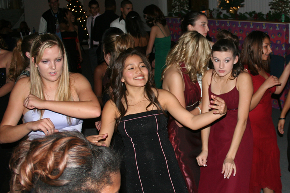 Winter Formal 121a.jpg