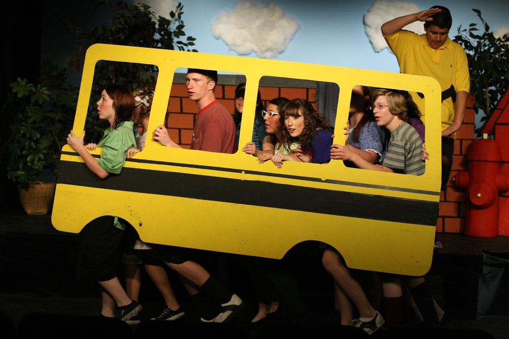 12x8-bus.jpg