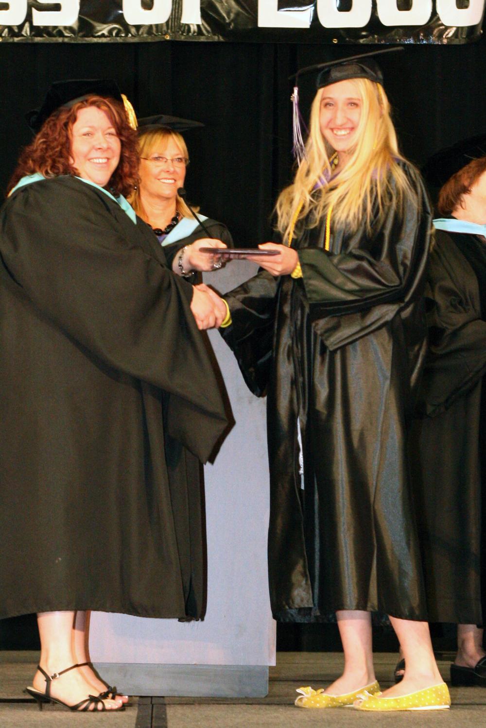 Grad 08 Diploma (17).JPG