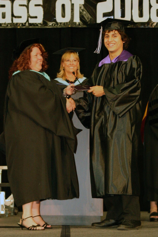 Grad 08 Diploma (21).JPG