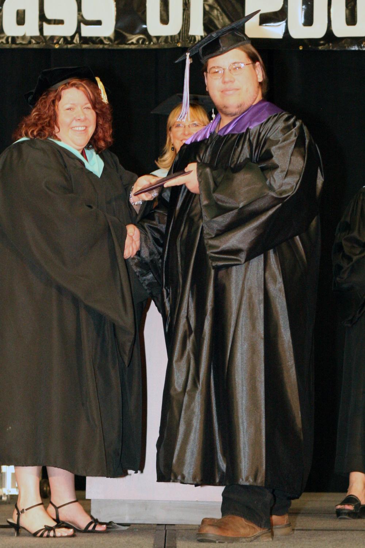 Grad 08 Diploma (49).JPG