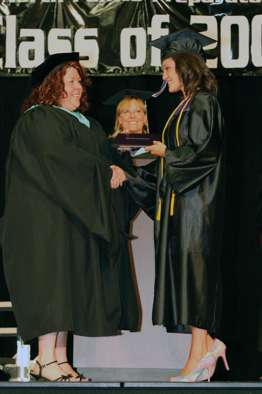 Grad 08 Diploma (103).JPG