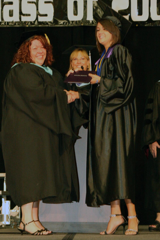 Grad 08 Diploma (115).JPG