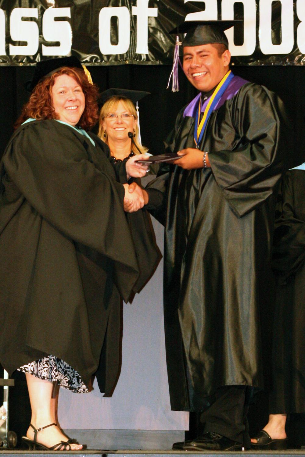 Grad 08 Diploma (123).JPG