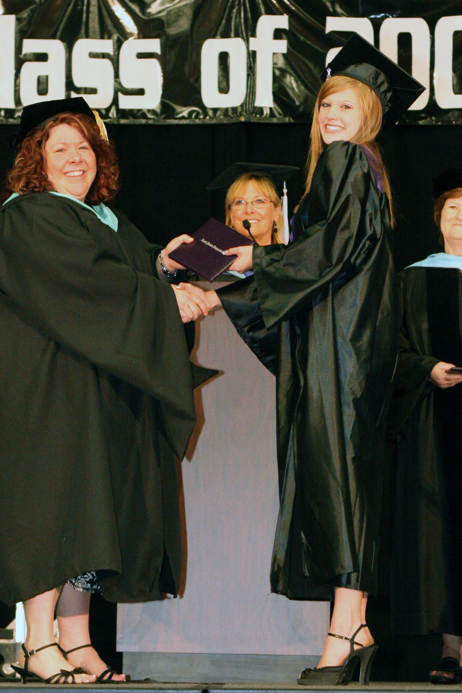 Grad 08 Diploma (133).JPG
