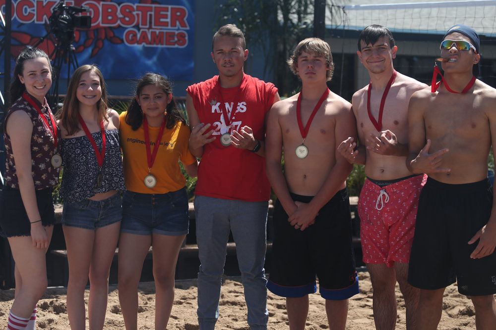 Seniors win Shovel Pass Competition