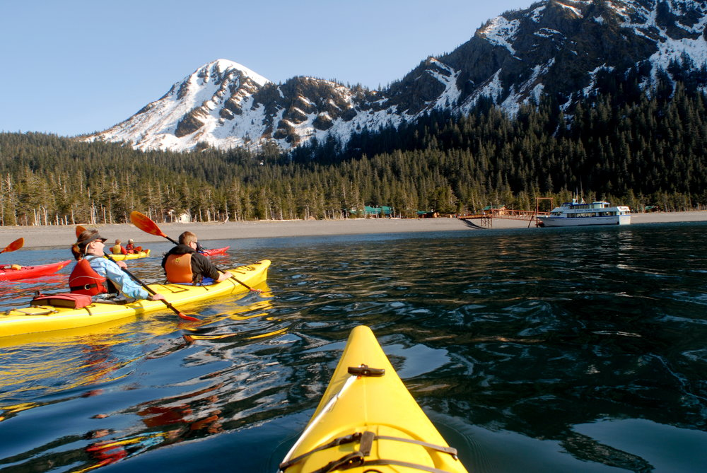 Fox Island Afternoon Kayaking - 12:00pm-6:30pm daily.Ages 8 and up.Salmon & prime rib buffet lunch included.$180 per person.
