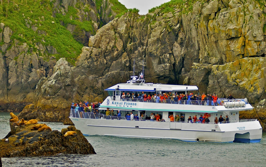 Resurrection Bay Tour   Available daily 12pm - 5pm  -May 18 - September 2, 2019