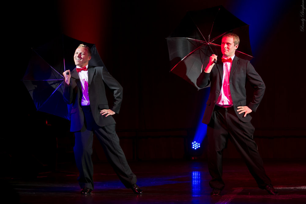 Drew and Drew Singing in the Rain