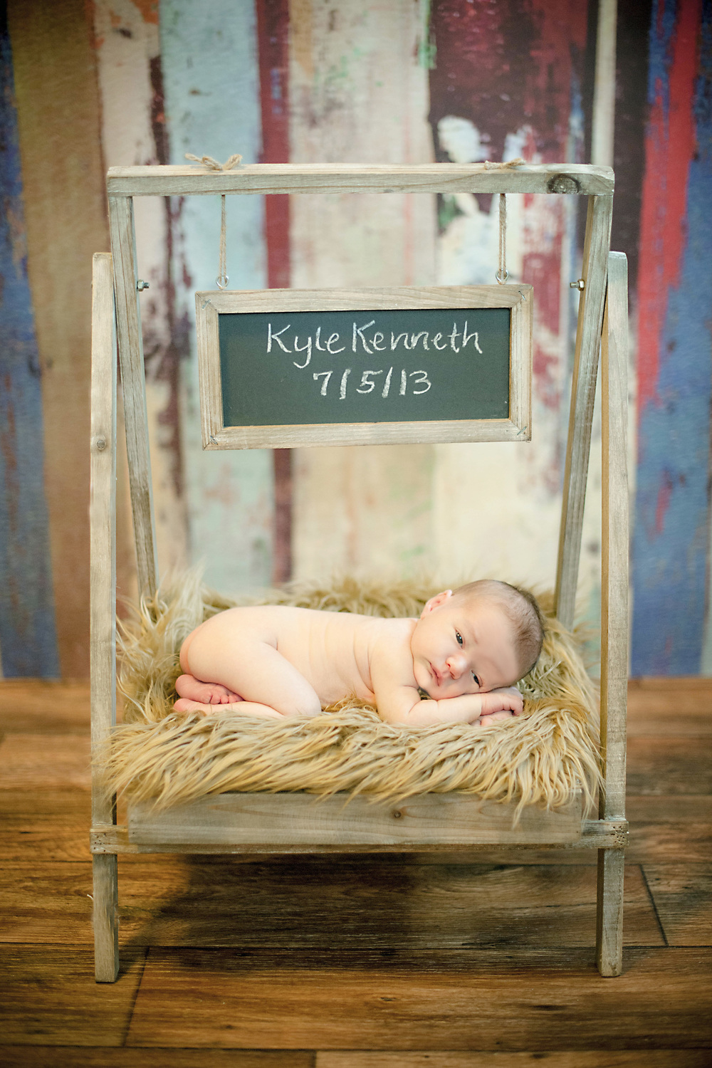 Creative Newborn Photographer.jpg