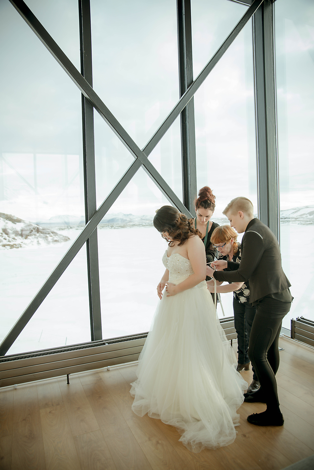 Iceland Winter Wedding Photos by Miss Ann-8.jpg