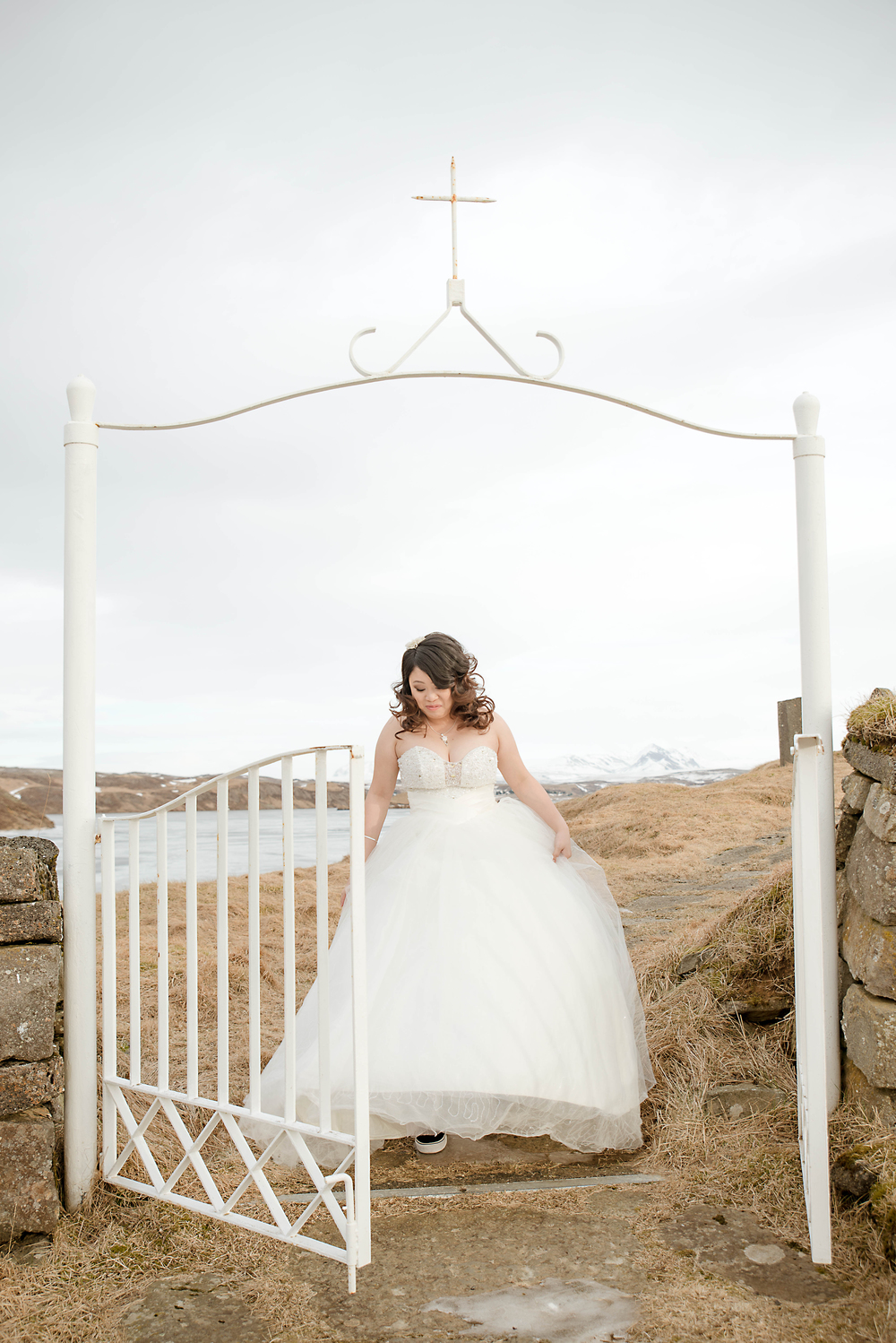 Iceland Winter Wedding Photos by Miss Ann-15.jpg