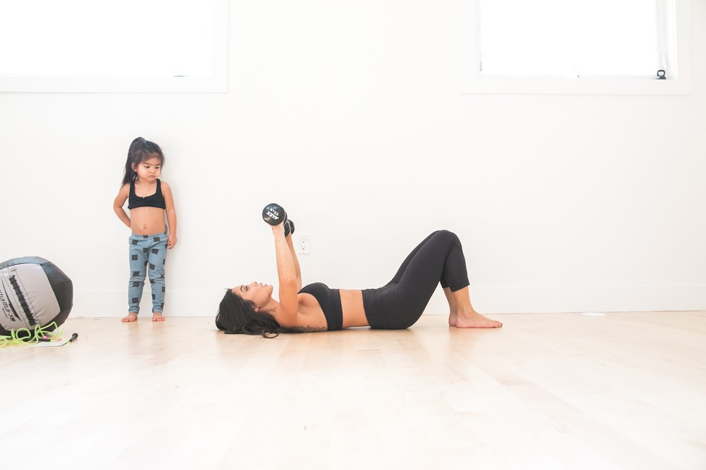 quick and easy mommy workout - Lot801
