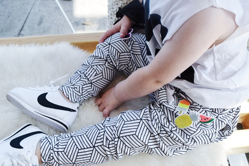 Baby / toddler monochrome joggers