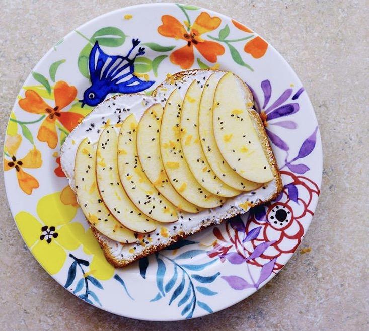 apple yogurt toast recipe