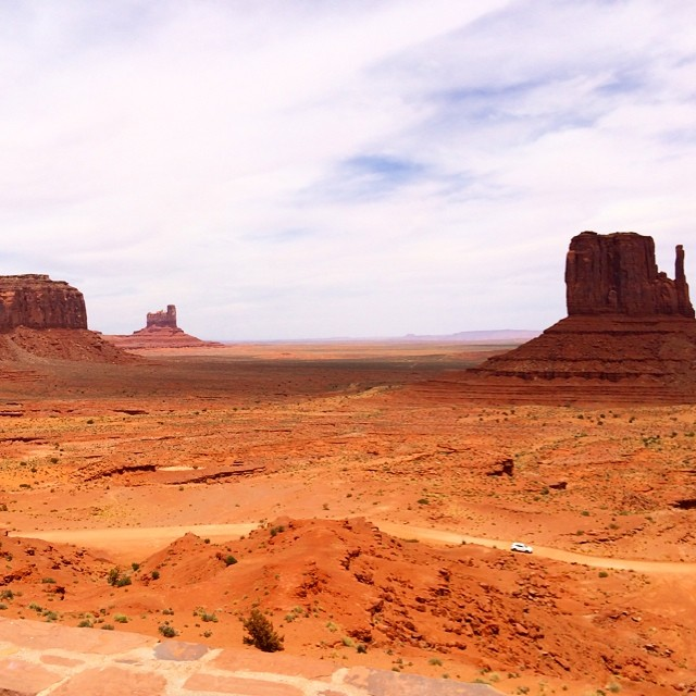 For Amy 2 - monument valley.jpg