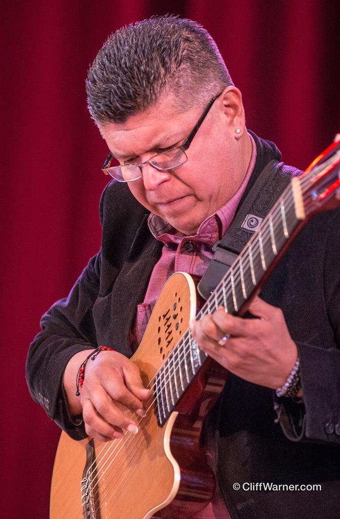 Jose Roberto Guitar.jpg