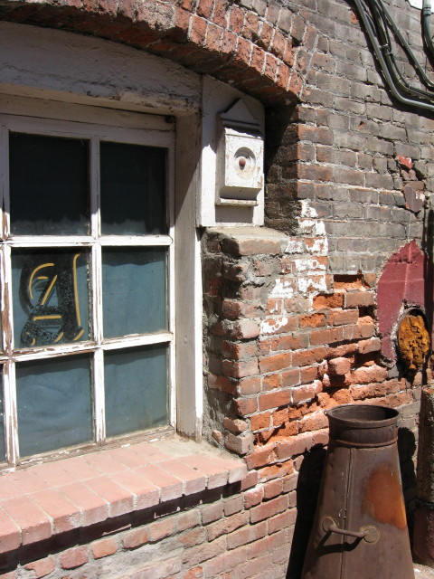 Abandoned Store   Sutter Creek, CA  2008