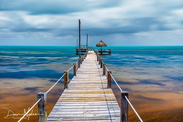 Florida Keys Pier #2. #floridakeys #canonusa #canon_photography #earthpix #wonderful_places #piers #seascape #bestoftheday  #landscapelovers #landscapes #natgeo #longexposure
