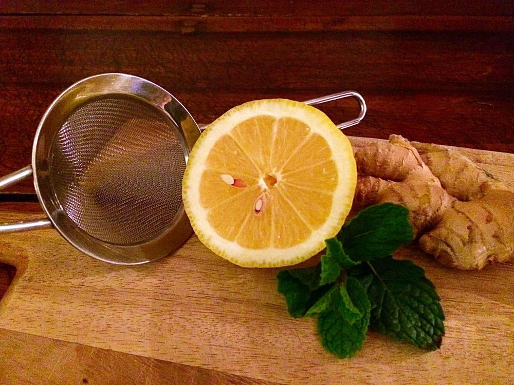 3 simple ingredients! Lemon, fresh mint, and grated ginger.