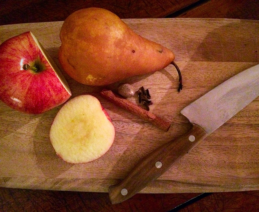 Ingredients for the Apple Pear and Walnut Syrup.