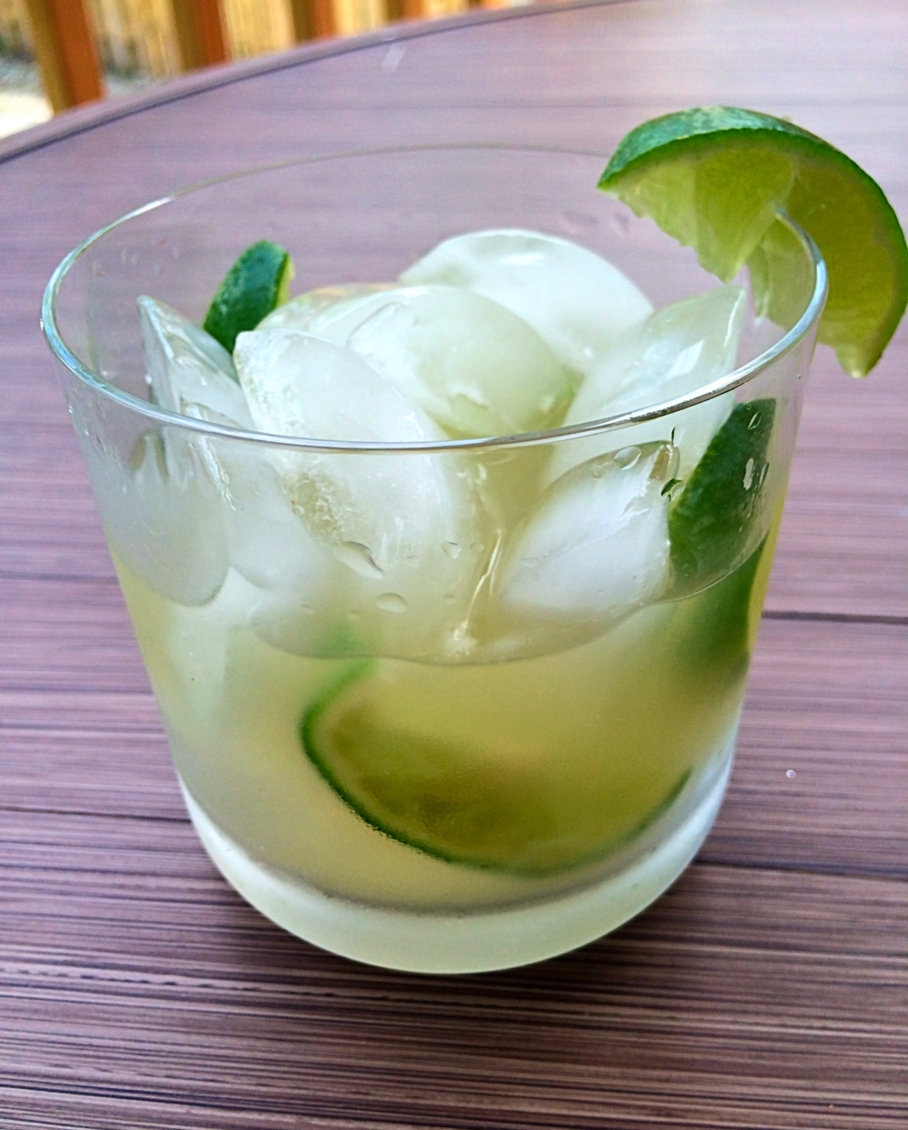 Simple and refreshing, the Caipirnha is the perfect summer cocktail!