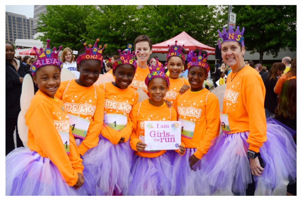 A team of girls ready for their run!