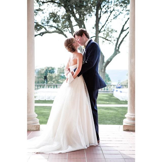 it's all in the kiss #weddings #weddingphotography #love #weddinginspiration #egstudios