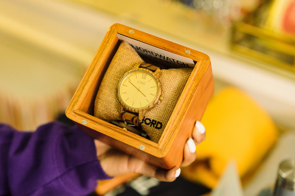 woodenwatchunboxing.JPG