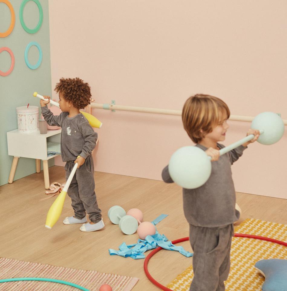 zara-home-new-kids-collection-ss18-let-s-hit-the-facebook-con-zara-home-kids-e-media-id-zara-home-kids-949x960.jpg