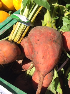 Local Beets $3.00/bunch