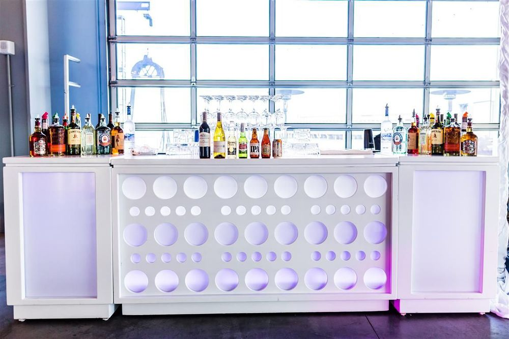 6' Wide White Bars