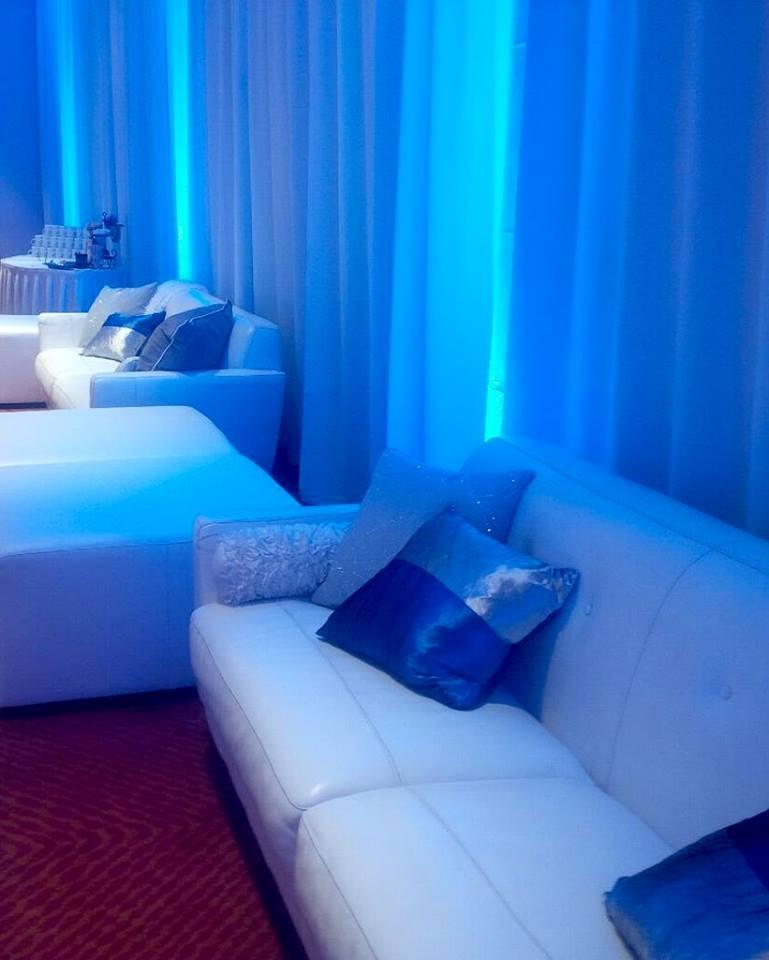 White Couch2.jpg
