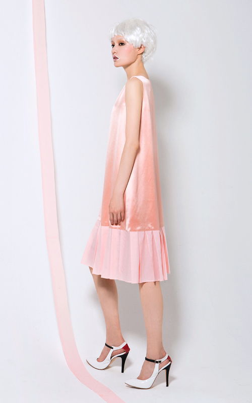 Independent designer spring and summer low-waist pleated pink ...